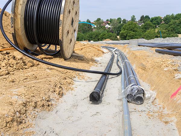 Монтаж силового кабеля методом ГНБ